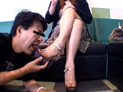 仕事後の足の汚れ舐め取り職人7 Sなキャバクラ姉さんのすっぱい足