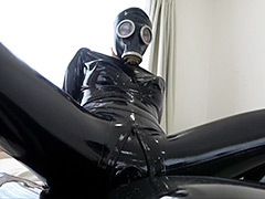 Rubber Suit Lovers~gas mask anal rubber sex~