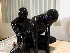 Rubber Suit Lovers~借金返済のためだったがラバー落ちする人妻 前編~